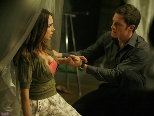 dollhouse-tv-series-2x03-belle-chose-stills-gq-04